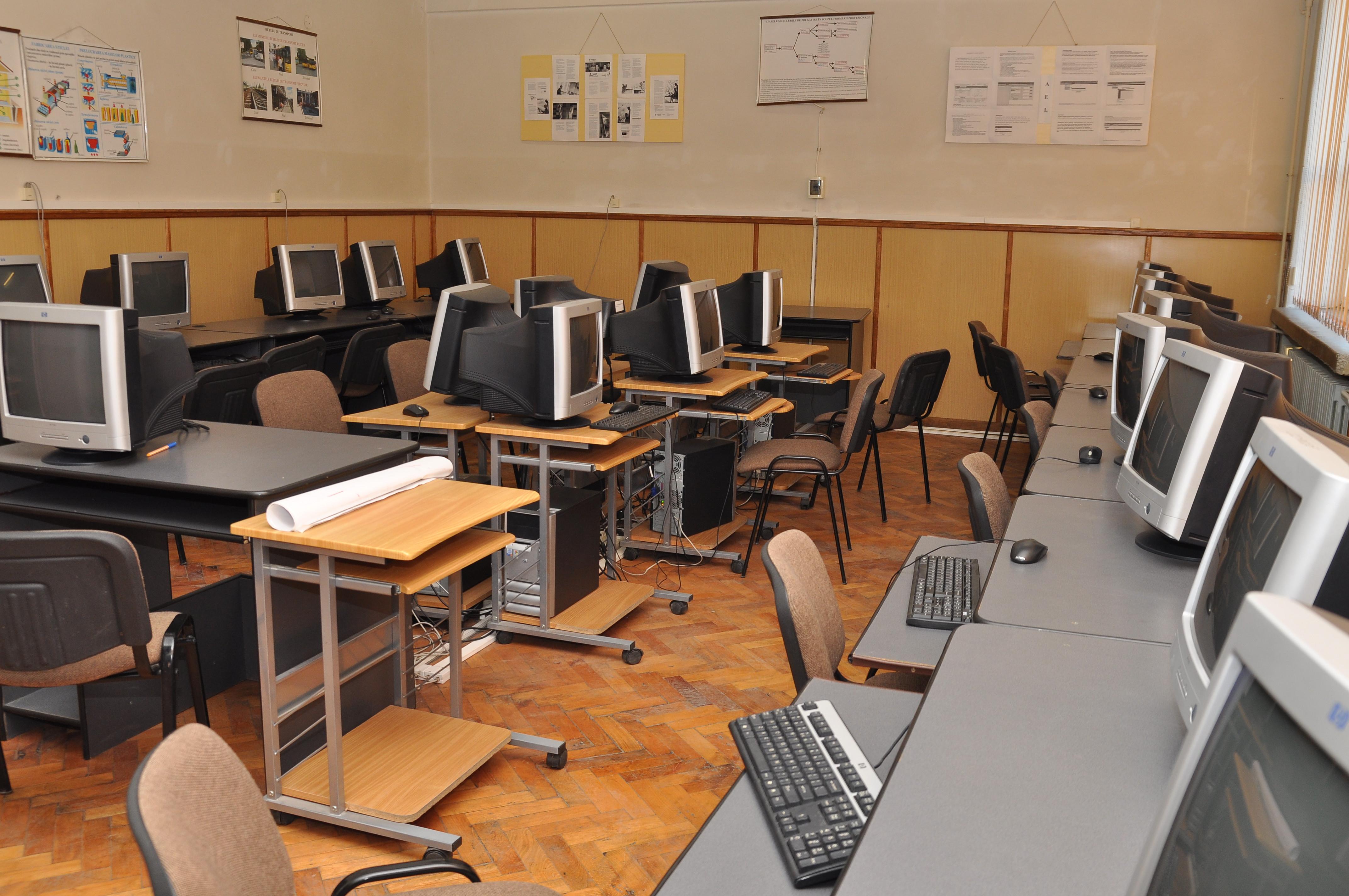 Laborator de Informatica (1)